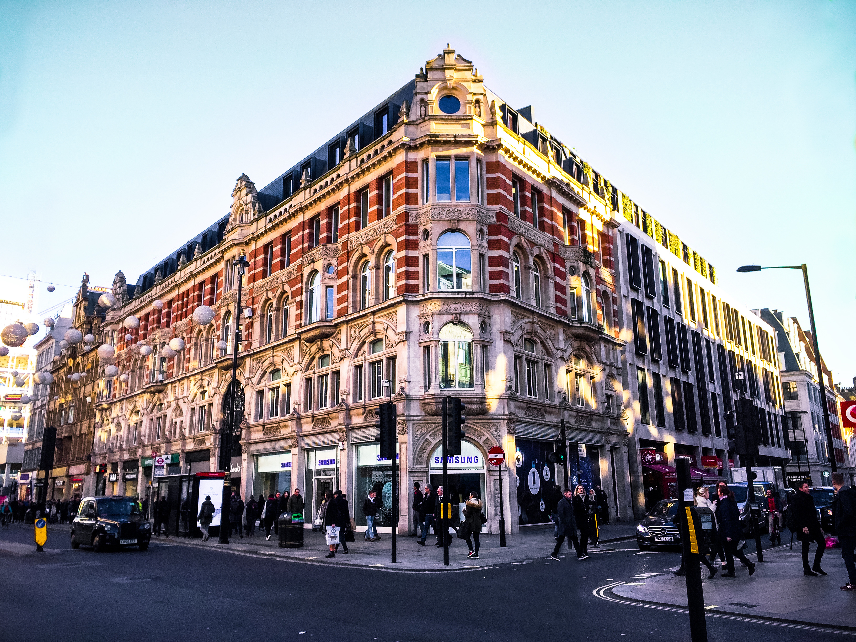 Emperor international holdings ltd ampersand building at oxford street london reheart Choice Image